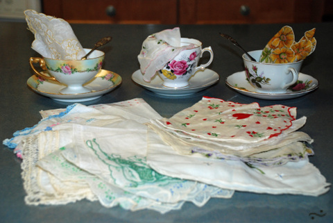Tea_cups_and_hankies_4