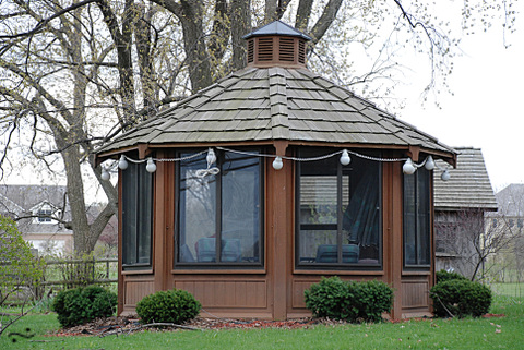 Octagon_screenhouse